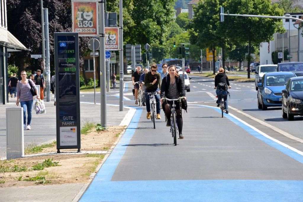 Zügig vorankommen mit Fahrrad oder Pedelec: am eRadschnellweg Göttingen